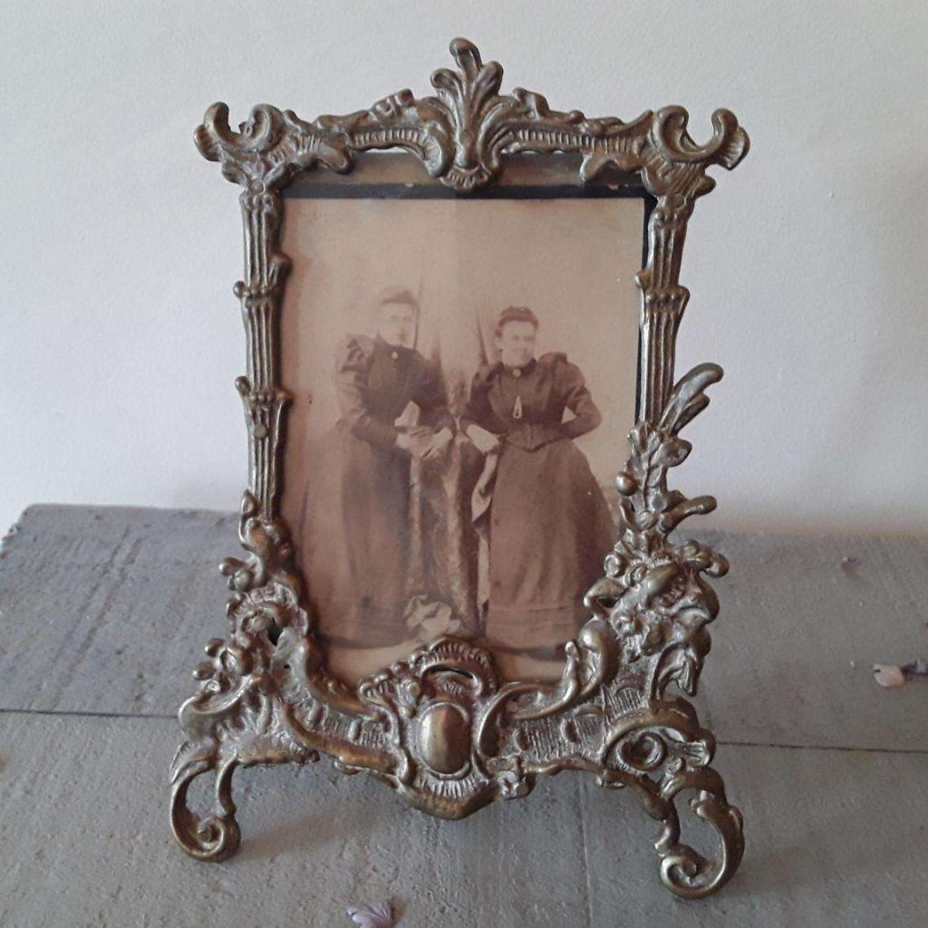 antique picture frame gift