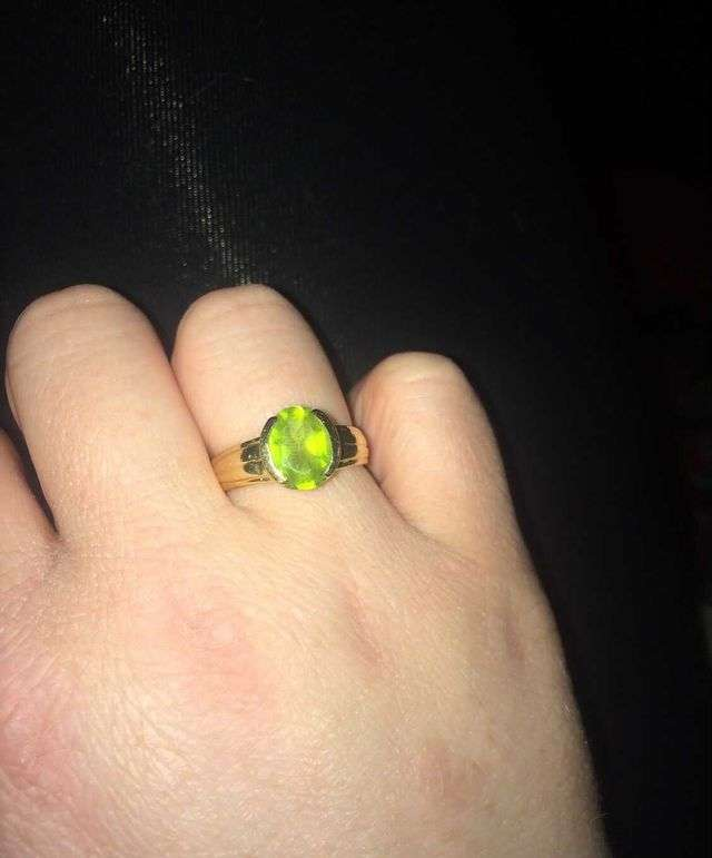 vintage peridot ring